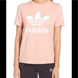 !! Adidas Tee !!